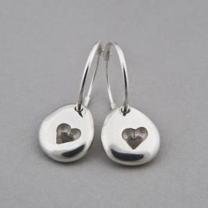 silver pebble heart hoops shiny