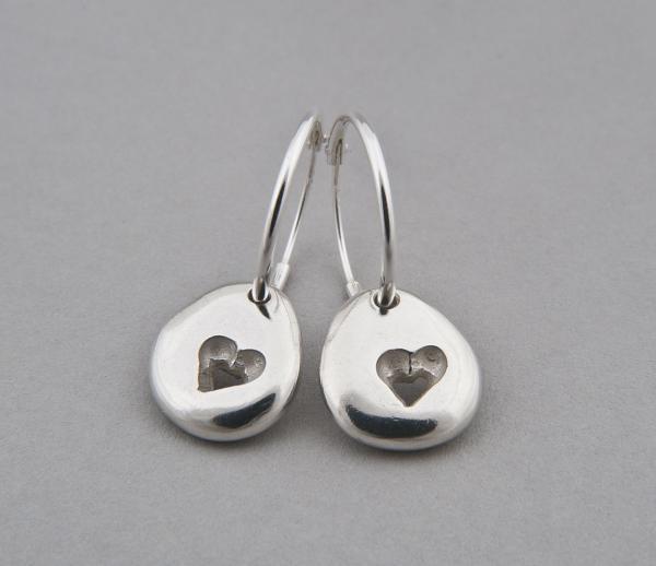 silver pebble heart hoops shiny